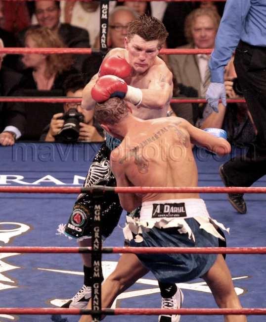 112308-fight2.jpg