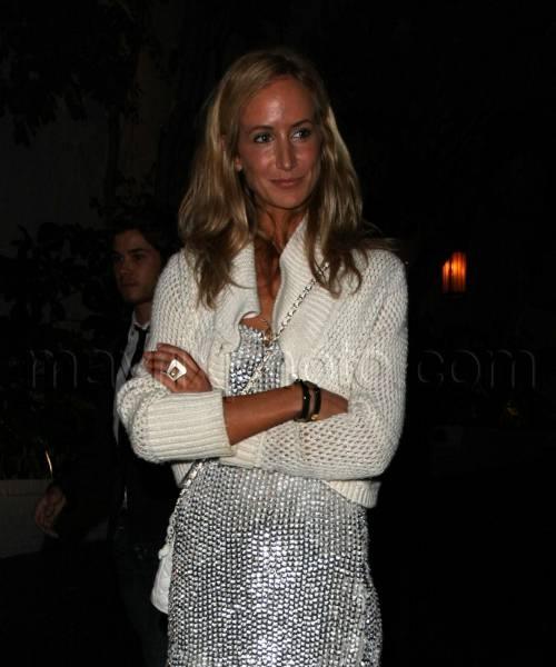 victoria_hervey_silver_dress_mx0040709_851.jpg