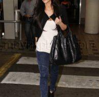 10_24_2009_kim_kardashian_loves_miami_01.jpg