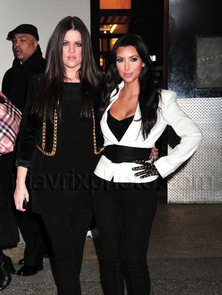 12_9_09_Kardashians Alexa Young Show_136.jpg