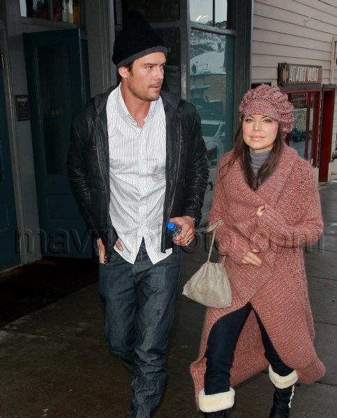 1_27_10_Fergie and Josh Sundance_93.jpg