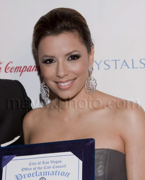 02_21_2010_Eva Longoria Distinguished Leadership_1.jpg