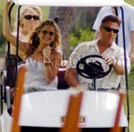 5_3_10_Jennifer Aniston On Set_1.jpg