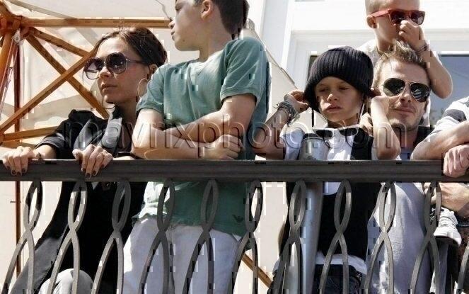 5_17_10_Beckhams Enjoy Jonas Concert_250.jpg