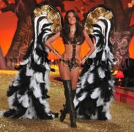 11_11_10_Victorias Secret Show Runway_417