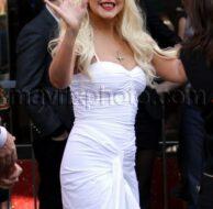 11_15_10_Christina Aguilera Star_1