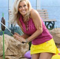 1_31_11_Jenny McCarthy Mini Golf_1