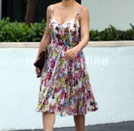 Elsa Pataky Summery Dress_4_8_11_20
