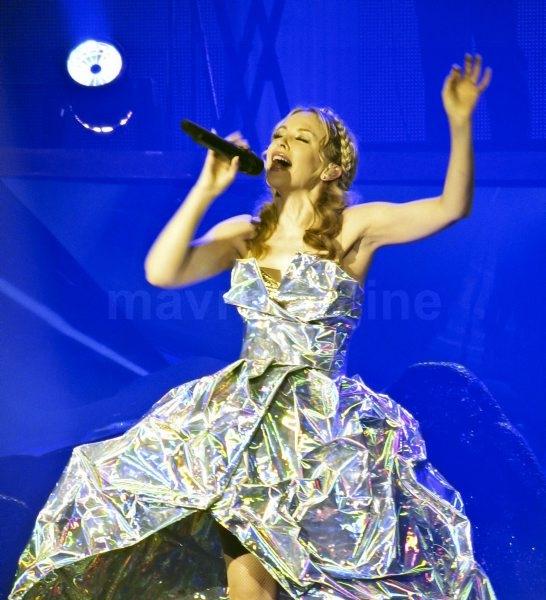 Kylie Minogue Opening Night_4_30_11_65