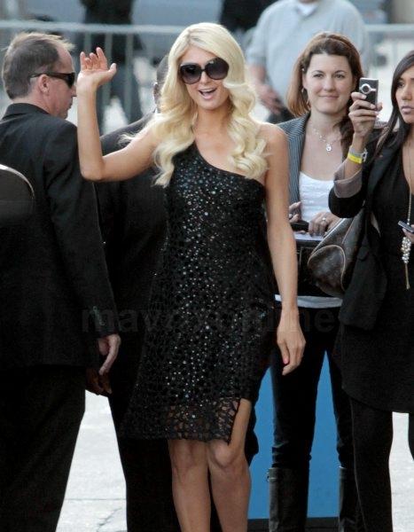 Paris Hilton Kimmel_6_7_11_191