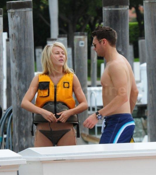 Ryan And Julianne Bikini Time_6_27_11_004_2