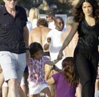Salma Hayek Family Beach Walk_7_5_11_01