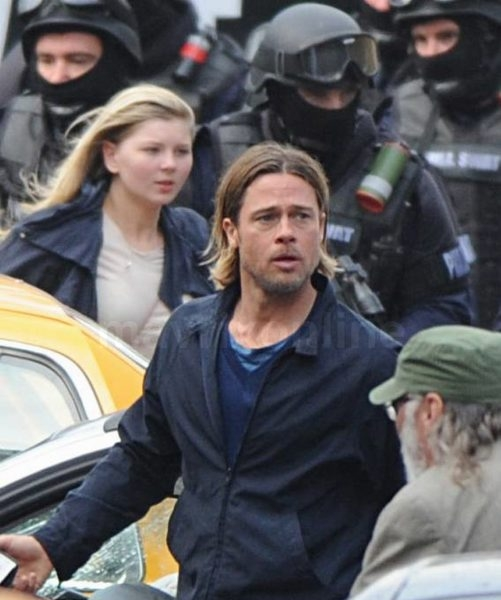 Brad Pitt World War Z Film Set_08_24_11_01