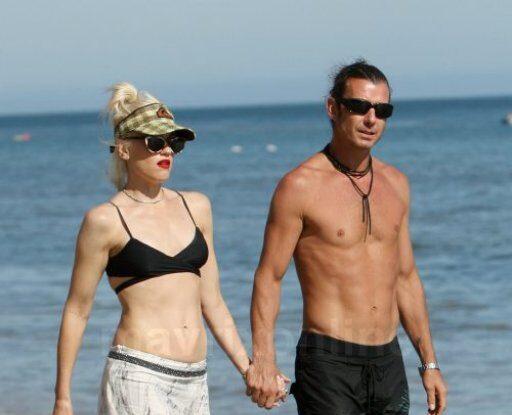 Gwen Bikini Top Beach Day_8_30_11_01