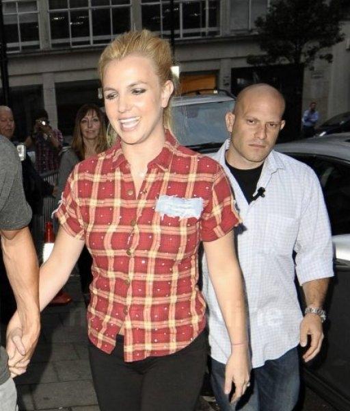 Britney At Radio One Studios_09_15_11_01