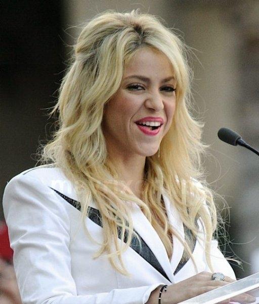 Shakira Star Ceremony_11_8_11_01