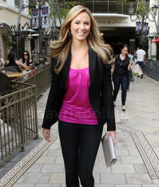 Stacy Keibler Lovely in Pink_11_29_11_01