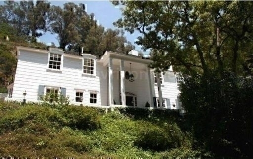 Lindsay Lohan New Home_5_17_12_02