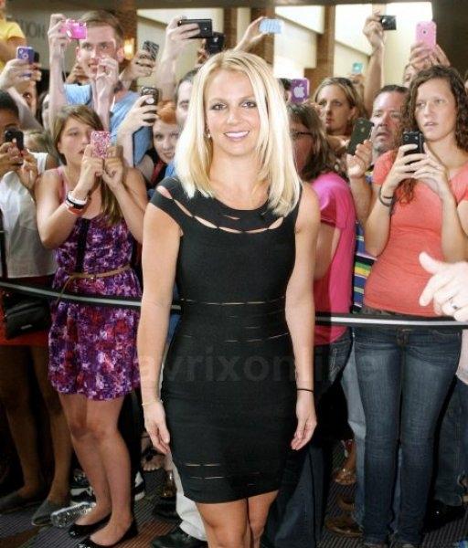 Britney Greensboro_07_08_12_01
