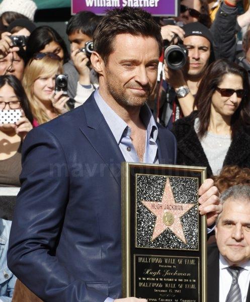 hugh-jackman-hollywood-star-ceremony_12_13_12_01