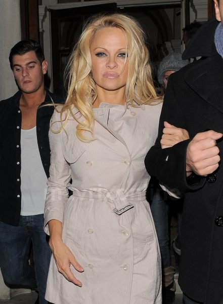 Pamela Anderson, Matt Evers