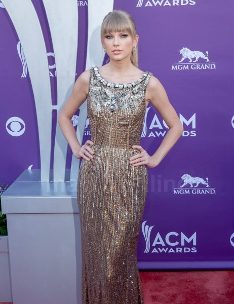 2013-american-country-music-awards_04_08_13_01